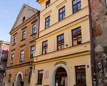 Tenement House at 3 Złota Street